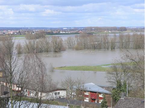 Ooijpolder overstroomd