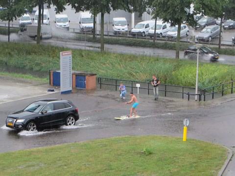 Wateroverlast leidt tot waterplezier
