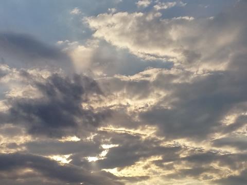 Wolken boven de heide